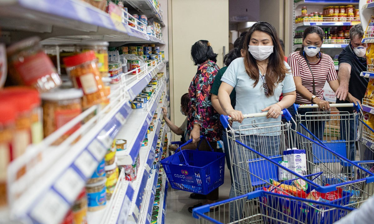 Pandemic lowers incomes of 90 pct of Vietnamese
